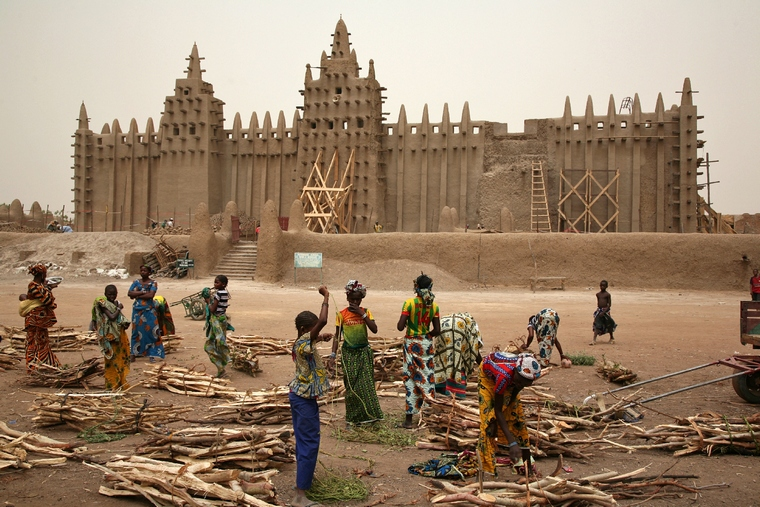 Afrykańska odyseja - osobową toyotą przez saharę
