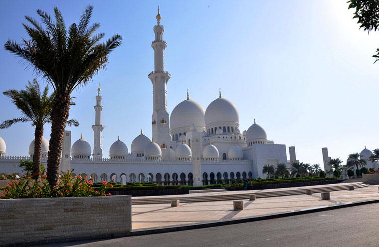 Sheikh Zayed Mosque (Abu Dhabi - UAE)