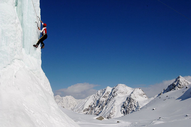 Dolina Stubai Eisklettern - wspinaczka lodowa