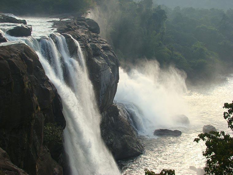 Wodospady Athirappally, Kerala, Indie