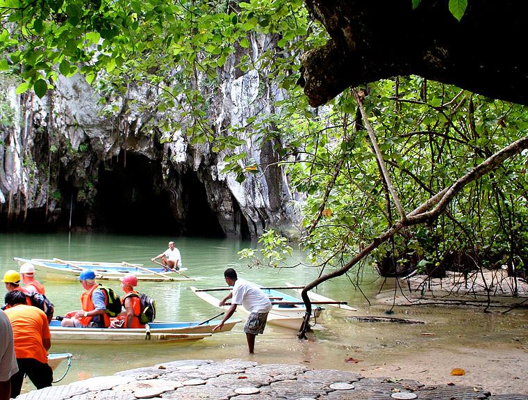 Wejście do podziemnej rzeki Puerto Princesa, Palawan