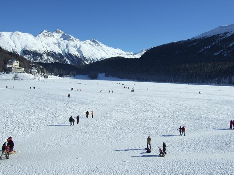 Zamarznięte jezioro St Moritz