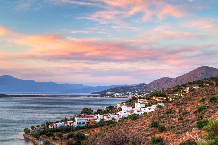 Wschód słońca na zatokę Mirabello na Krecie, Grecja
