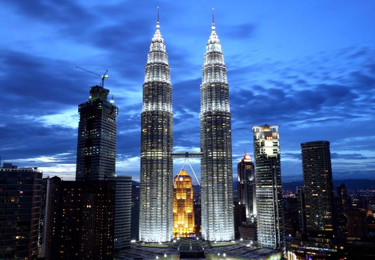 Petronas Towers w stolicy Malezji, Kuala Lumpur