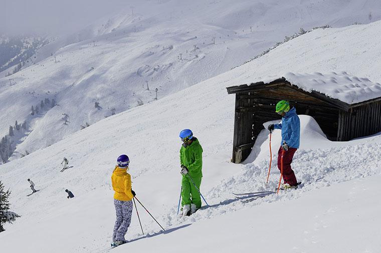 Tyrolska zima w górach